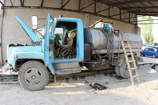 Установка системы контроля расхода топлива для АЗС и топливозаправщиков